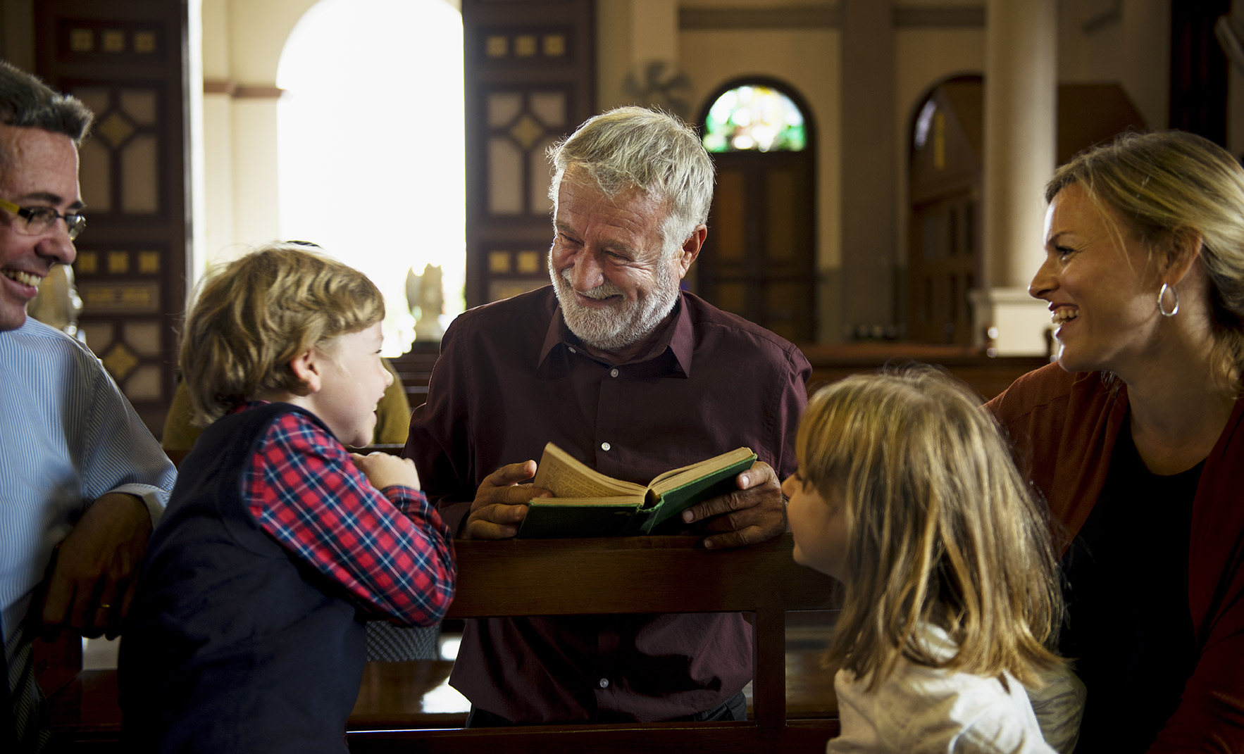 Six Ways To Welcome Visitors To Your House Of Worship
